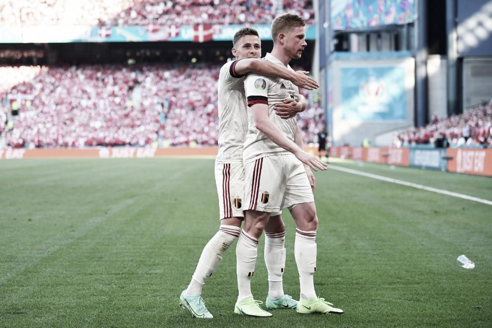 Bélgica vence Dinamarca de virada e se classifica para próxima fase da Eurocopa