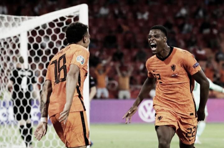 Holanda vence Áustria, mantém 100% de aproveitamento e garante classificação antecipada