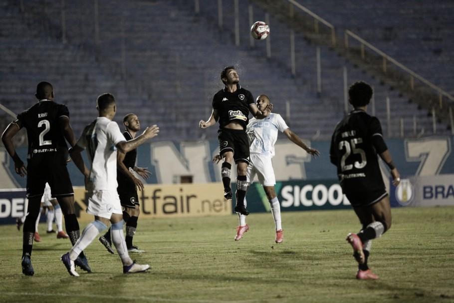 Em jogo faltoso, Londrina empata com Botafogo no fim e deixa Z-4 da Série B