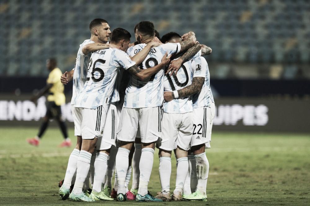Com show de Messi, Argentina bate Equador e se classifica para semi da Copa América