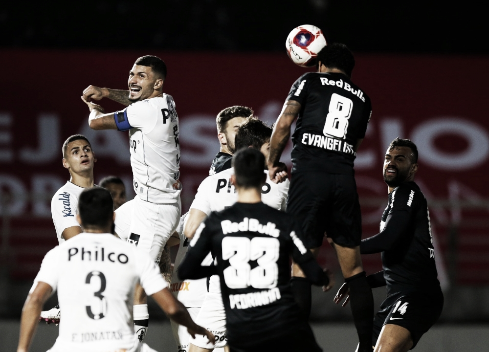 Buscando voltar à liderança, RB Bragantino recebe Santos pelo Brasileirão