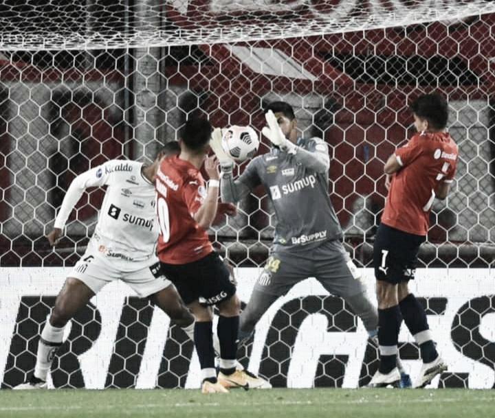 """Santos provoca Independiente após classificação: """"Chorou, amarelou, desclassificou"""""""