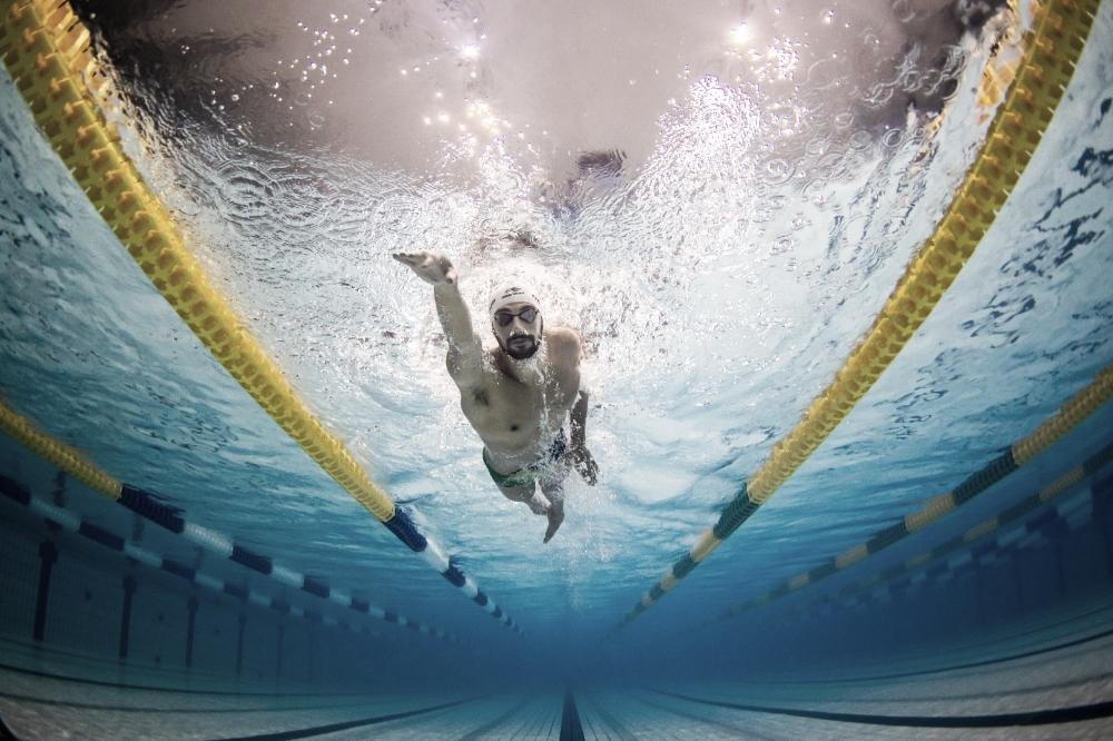 Brasileiros fecham noite na natação sem conquistas de medalhas