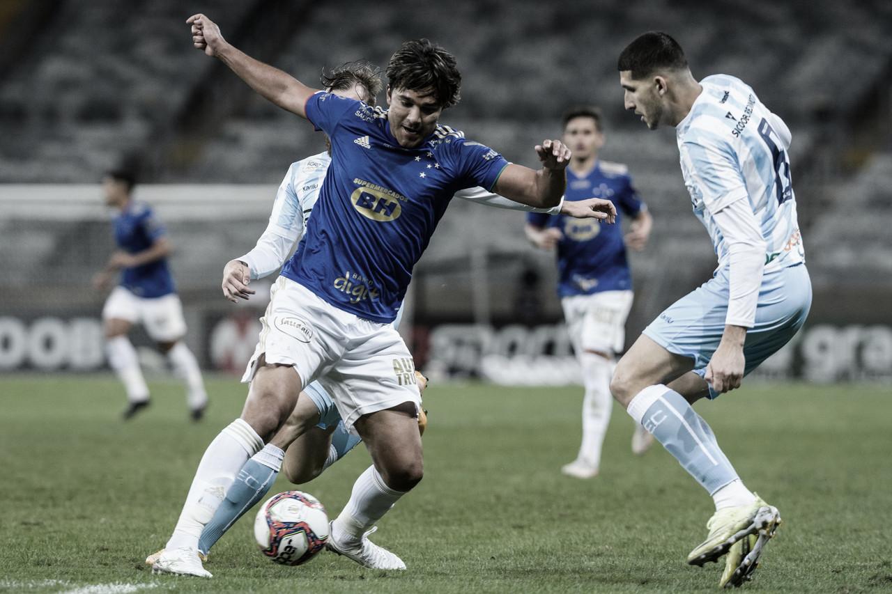 Cruzeiro sai na frente, mas fica no empate com Londrina e chega ao nono jogo sem vitória