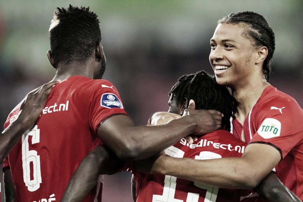 Gols e melhores momentos para Heracles 0x2 PSV pela Eredivisie