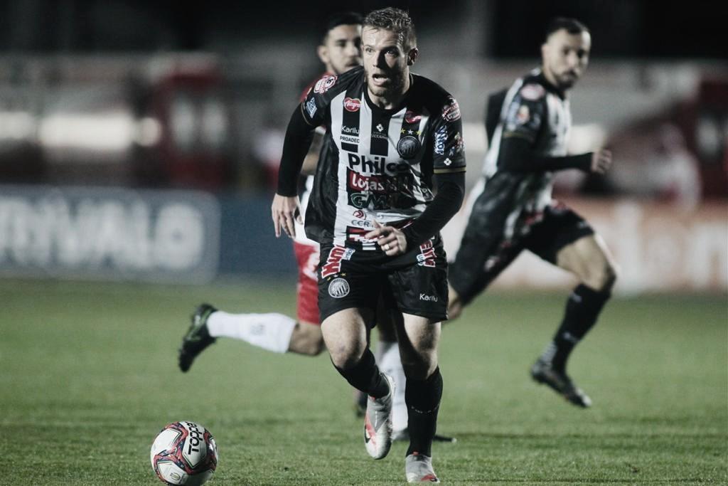 Com gol no fim, Operário-PR busca empate diante do Brusque