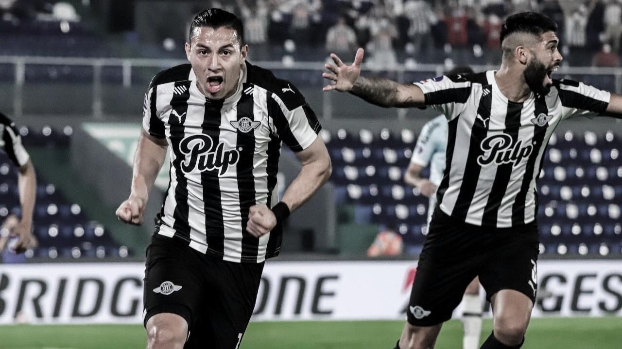 Santos joga mal, é derrotado pelo Libertad e dá adeus à Copa Sul-Americana