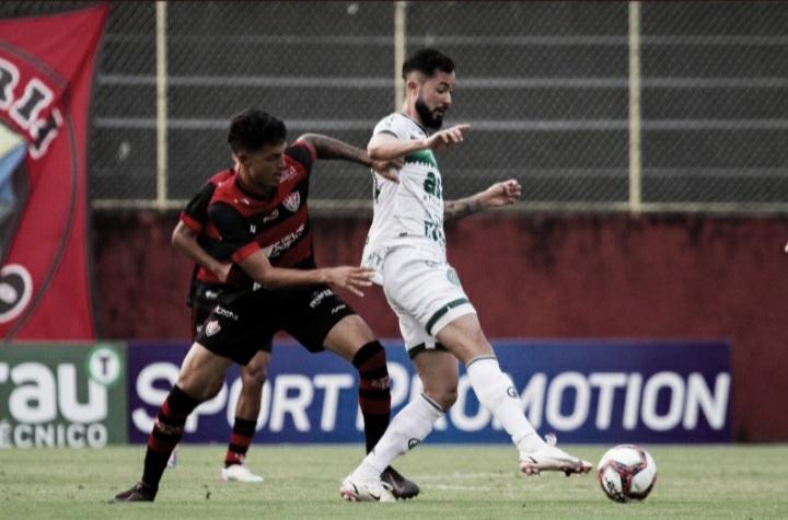Com direito a gol olímpico, Vitória vence Guarani pela Série B