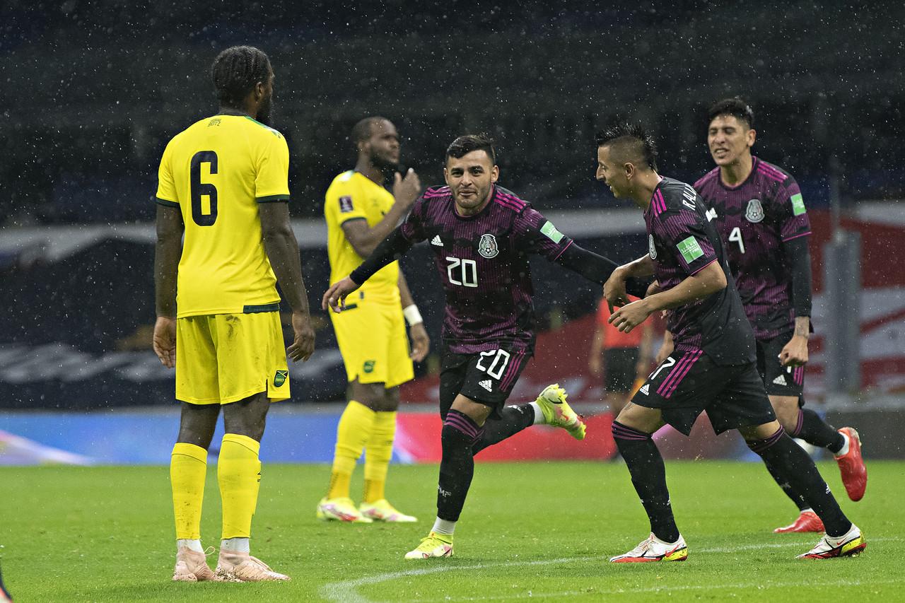 México inicia con victoria agónica su camino rumbo a Qatar