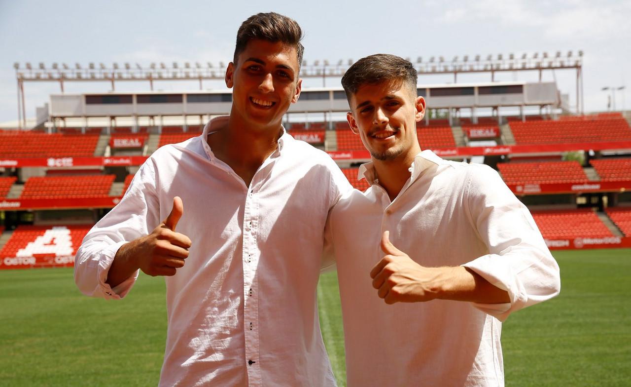 EL Granada CF anuncia las renovaciones de Pepe Sánchez y Torrente