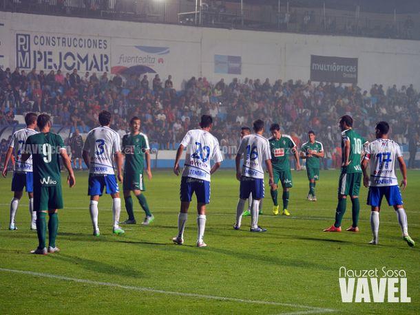 El Tenerife se impone al Eibar en la tanda de penaltis