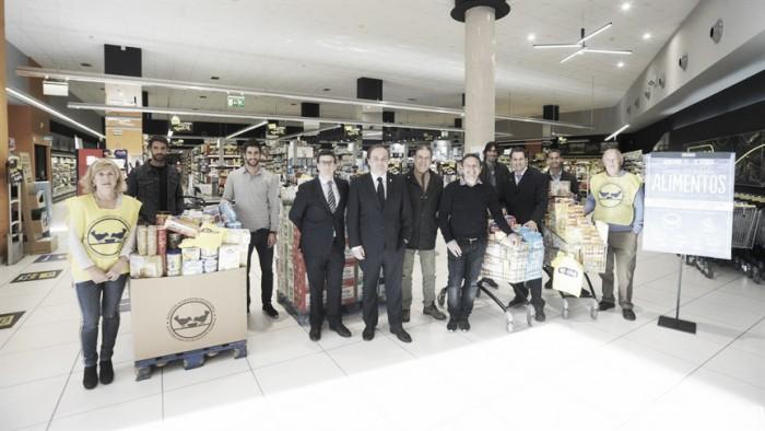 Participación de la Real en la Gran Recogida de alimentos