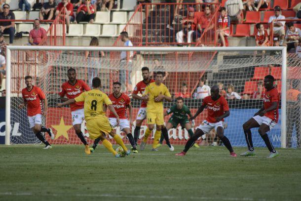 La tanda de penaltis le da al Nàstic el pase a la tercera ronda de Copa
