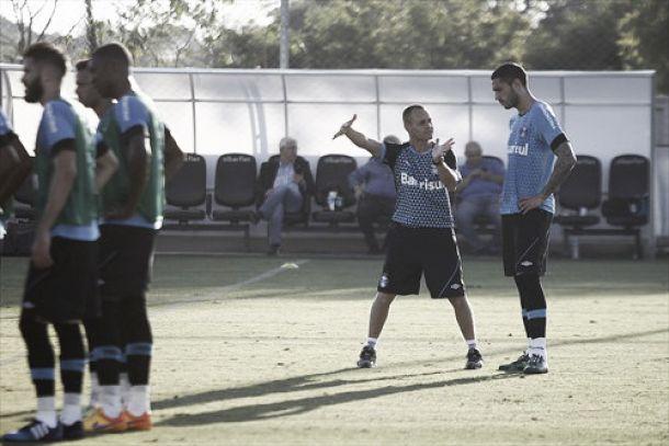 Conhecido no clube, Rogerinho é o novo preparador físico do Grêmio