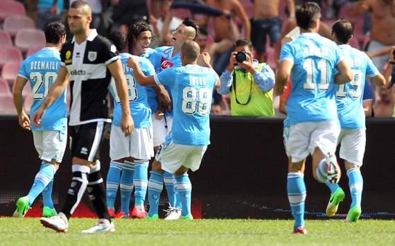 Il Napoli mostra il tris al Parma e al campionato
