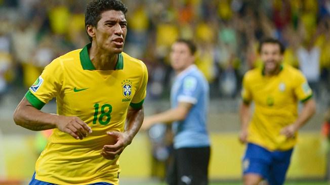 Paulinho marca no fim, Brasil bate Uruguai e está na final da Copa das Confederações