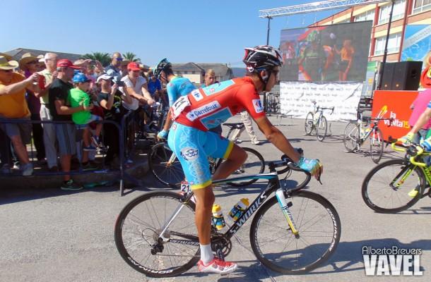 Momentazos 2015: Astana revienta a Dumoulin en la Morcuera