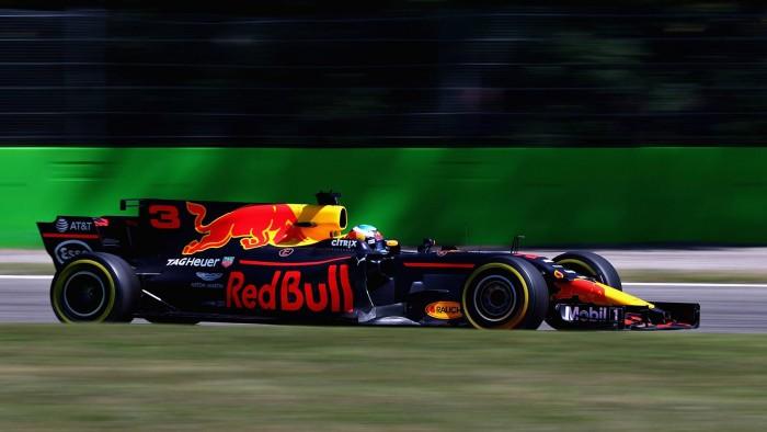 F1, Red Bull - Ricciardo mostra i muscoli e incanta Monza