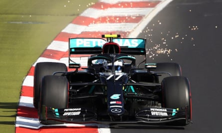 Valterri Bottas beats teammate Lewis Hamilton for pole position