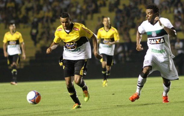 Após vitória, Rogério vê evolução do Criciúma comparado a estreia