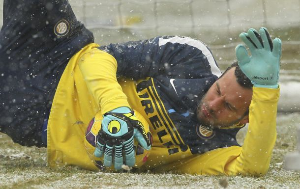 Inter, sirene inglesi per Handanovic?