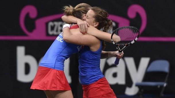 Fed Cup, Pliskova e Strycova trascinano la Repubblica Ceca
