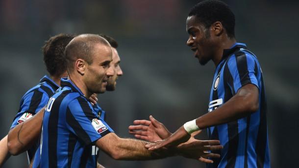 Inter, Palacio-Perisic e Epic Brozo: Cagliari sconfitto 3-0 a San Siro