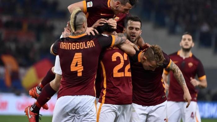 La Roma scaccia gli intrusi: 4-1 alla Fiorentina