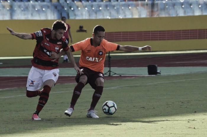 Resultado Atlético-PR x Atlético-GO no Campeonato Brasileiro 2017 (2-2)