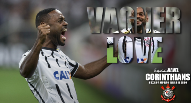 Dispensado do Vasco por ser baixo, Vagner Love anota de cabeça gol do título corintiano