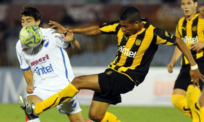 Torneo de verano: Peñarol ganó el Clásico y Atlético Tucumán venció a Rafaela