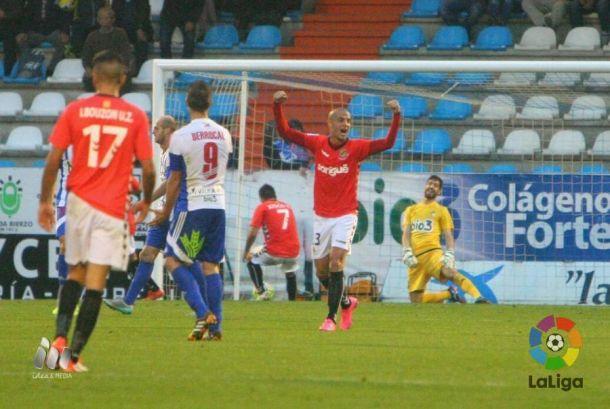 Ponferradina y Nàstic se reparten los puntos en un partido con final trepidante