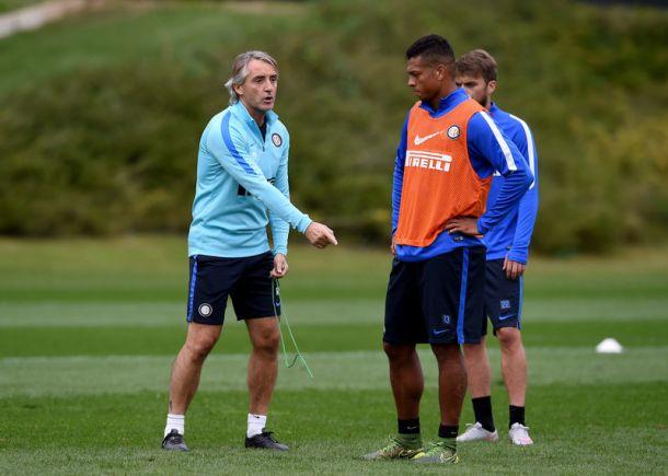 Inter, Mancini lancia Medel e Melo in mediana?