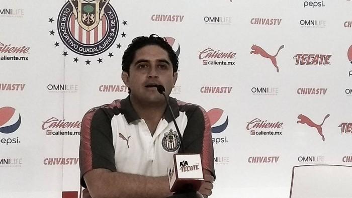 """Luis Camacho: """"Este equipo gana los juegos complicados"""""""