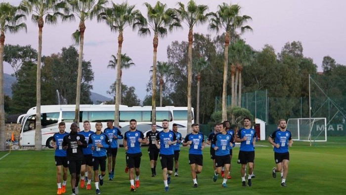 Huddersfield Town confirm squad for trip to Marbella over international break