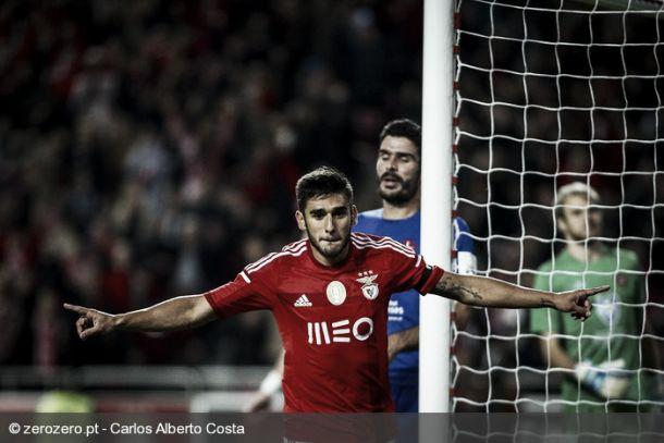 Benfica gana con oficio a Belenenses