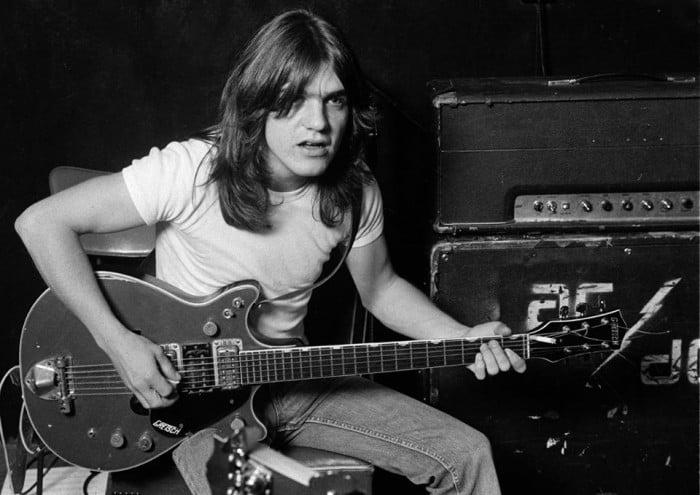 AC/DC, è morto Malcolm Young