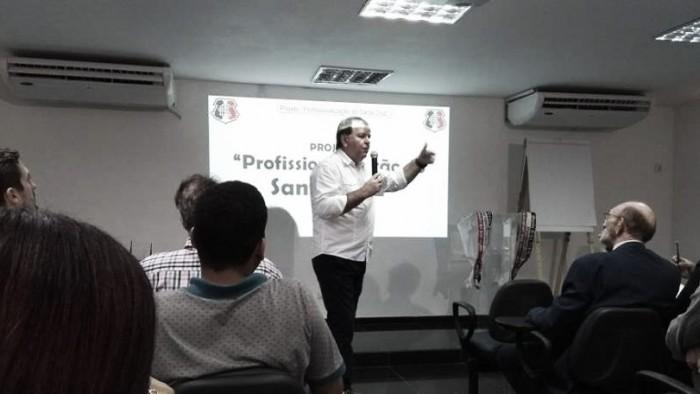 Candidato de oposição, Albertino dos Anjos lança chapa Muda Santa Cruz
