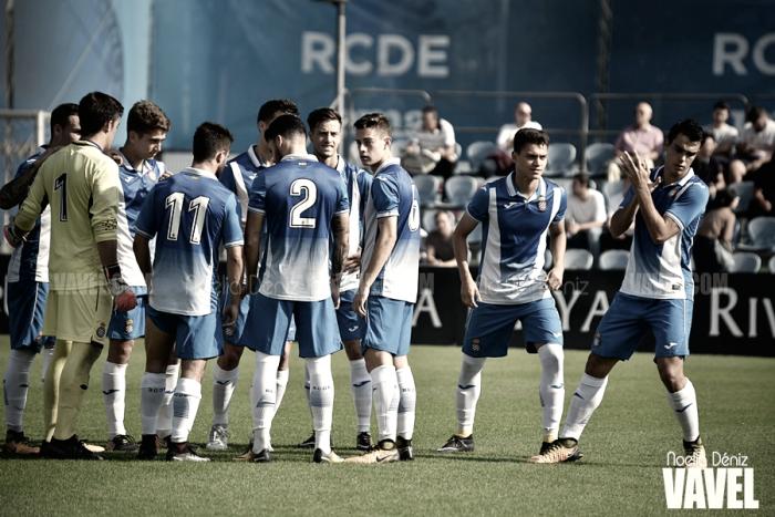 El RCD Espanyol B sigue intratable en Tercera División
