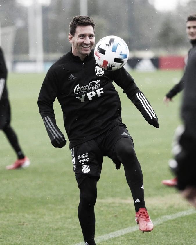 """Lionel Messi: """"En el momento final, que me abrazan los compañeros, no lo podía creer"""""""