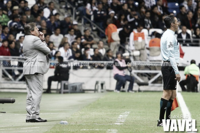 Aceptó Miguel Herrera su equivocación y pagará sanción