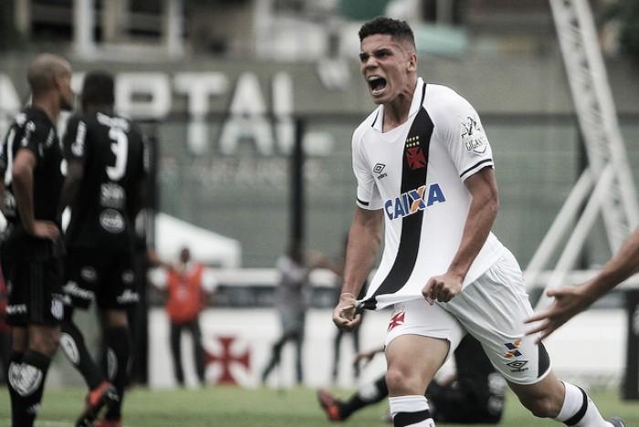 Autor do primeiro gol, Paulinho afirma que Vasco deve honrar vaga na Libertadores