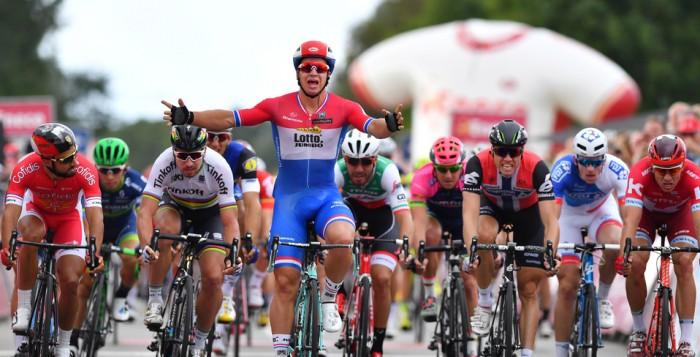 Eneco Tour: Groenewegen vince la prima tappa. Oggi la crono