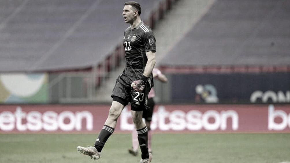 """Dibu Martínez: """"No hay mejor escenario que jugar contra Brasil en el Maracaná""""."""