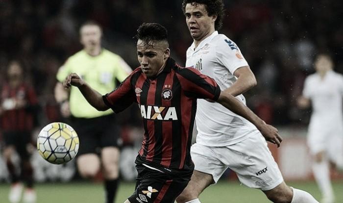 Santos recebe Atlético-PR buscando consolidação no G-4