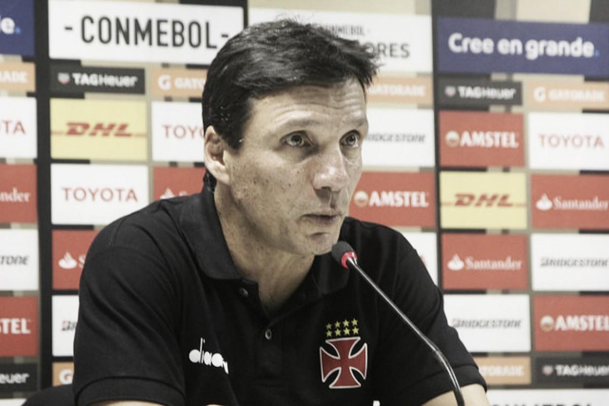 """Zé Ricardo lamenta derrota do Vasco na estreia da Libertadores: """"Faltou mobilidade"""""""