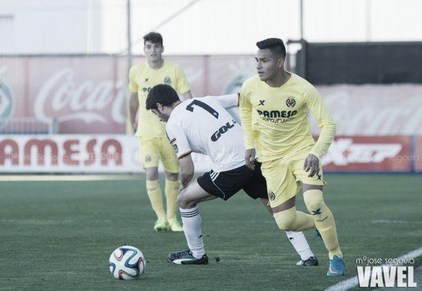 Fotos e imágenes del Villarreal B 1-3 Valencia Mestalla, jornada 31 del Grupo III de Segunda División B