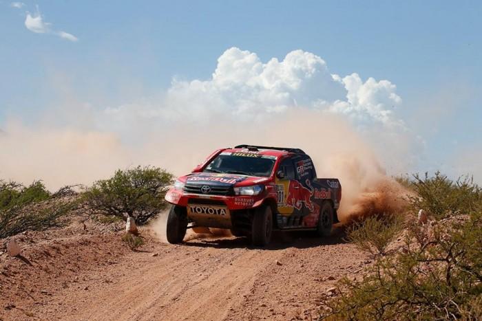 Prima vera tappa della Dakar... e primo incidente