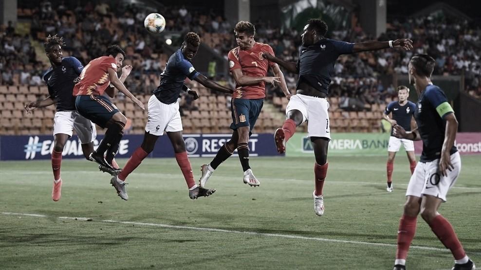 España gana a Francia en los penaltis y disputará la final del Europeo sub-19