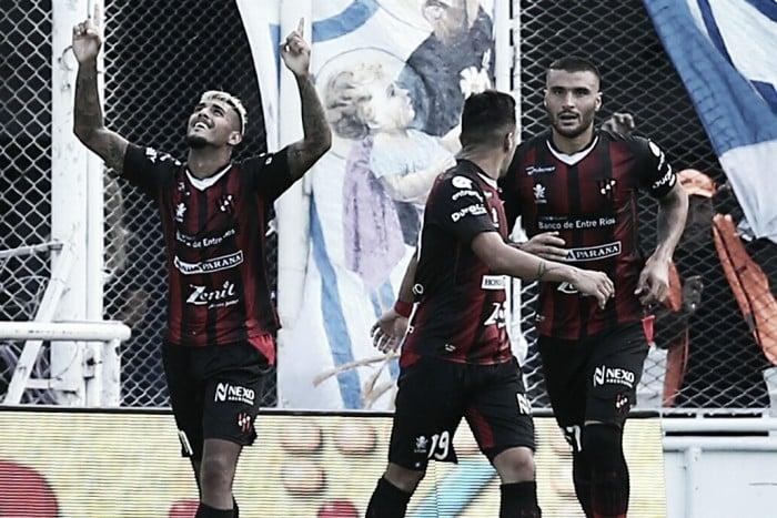 Vélez-Patronato: los uruguayos hundieron al Fortín